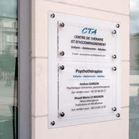 Support 2 plaques de cabinet psychologues - Fond dépoli, plaques transparentes imprimées