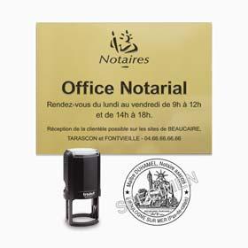 Signalétique office notarial : plaque notaire et sceau notaire